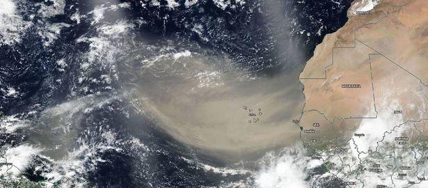 0_Godzilla-dust-cloud-from-Sahara-blankets-Caribbean-on-its-way-to-US