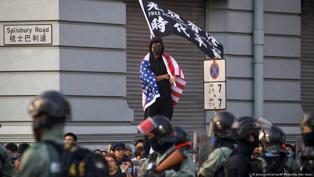 Hong Kong protesting with an American flag