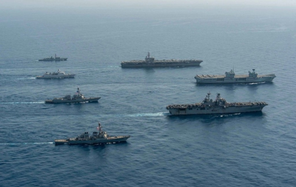 US and UK aircraft carriers